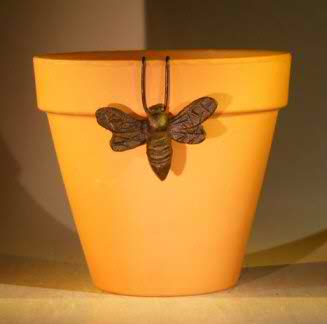 Cast Iron Hanging Garden Pot Decoration